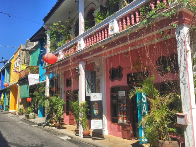 Old Town Phuket - Delicieuse Vie