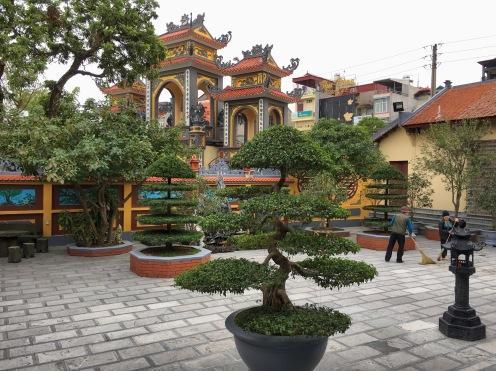 "Chinese Pagoda ""Chùa Ái Mộ""- Hanoi"