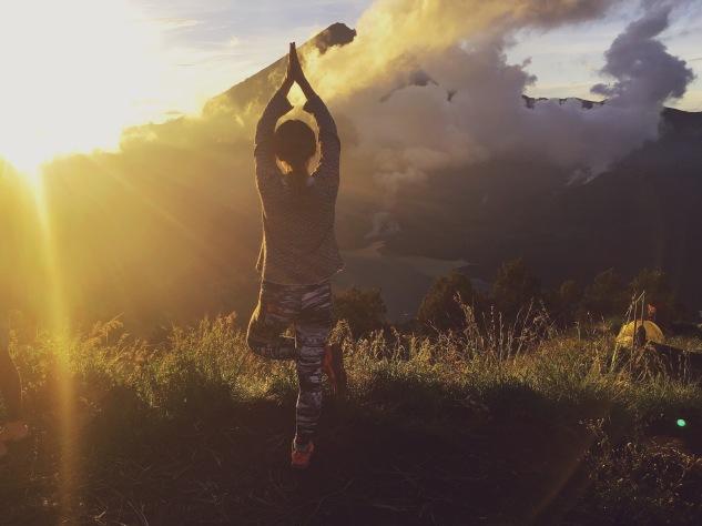 Yoga time Rinjani Trek day3 - Delicieuse Vie