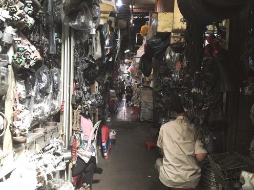 Psah Toul Tom Poung Market - Delicieuse Vie