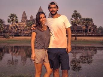 Délicieuse Vie Portrait devant de Angkor Vat