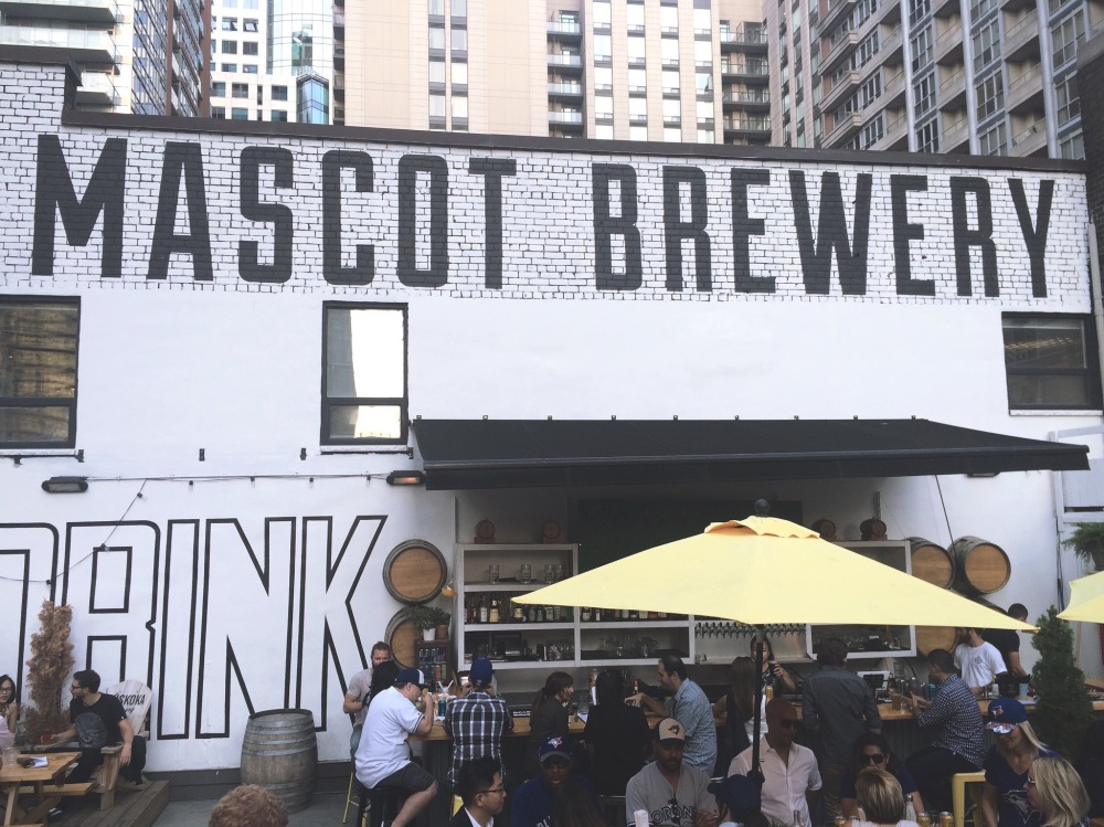 mascot-brewery- rooftop terrasse Toronto by delicieuse vie