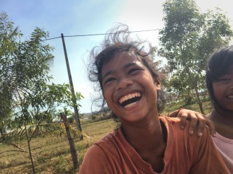 kampot smiling girl délicieuse vie