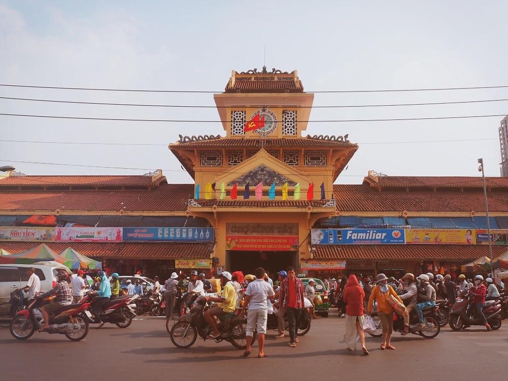 Binh Tay Market facade - Ho Chi Minh ©Delicieusevie