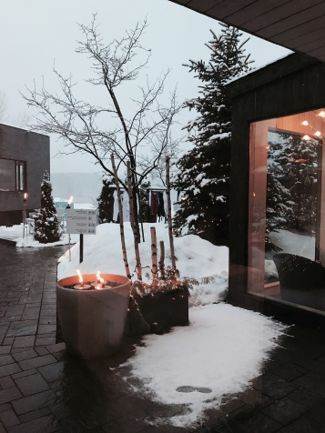 Entree salle de détente Strøm Spa Montreal _ Delicieuse Vie
