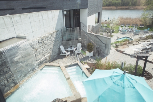 Vue de haut bains Strøm Spa Montreal