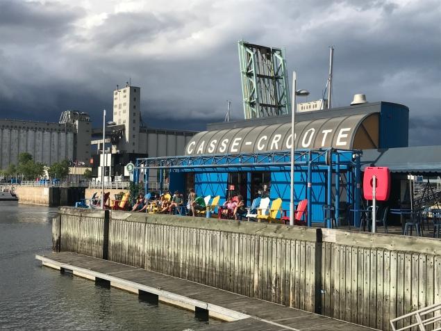 Vieux Québec - Port Casse Croute by délicieuse vie