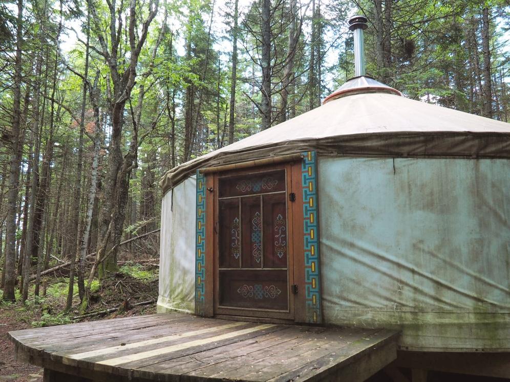 Yourte Airbnb - Hébergement by Délicieuse Vie