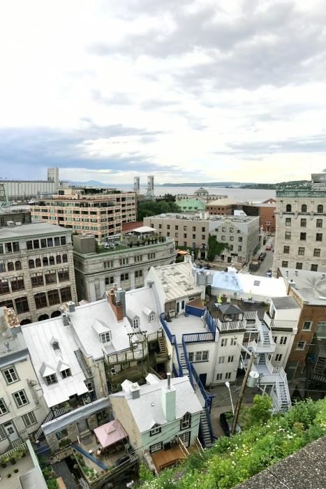 Les toits de Québec by Délicieuse Vie
