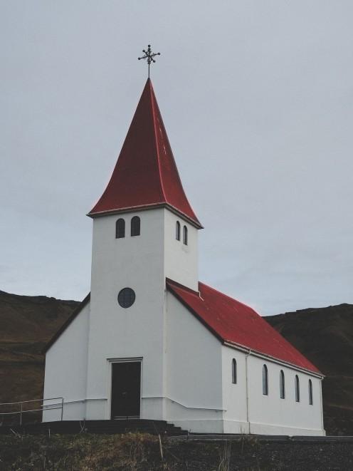 Church_Vik_iceland