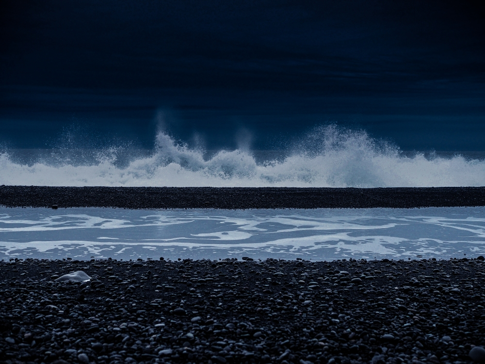Deep Waves_Iceland